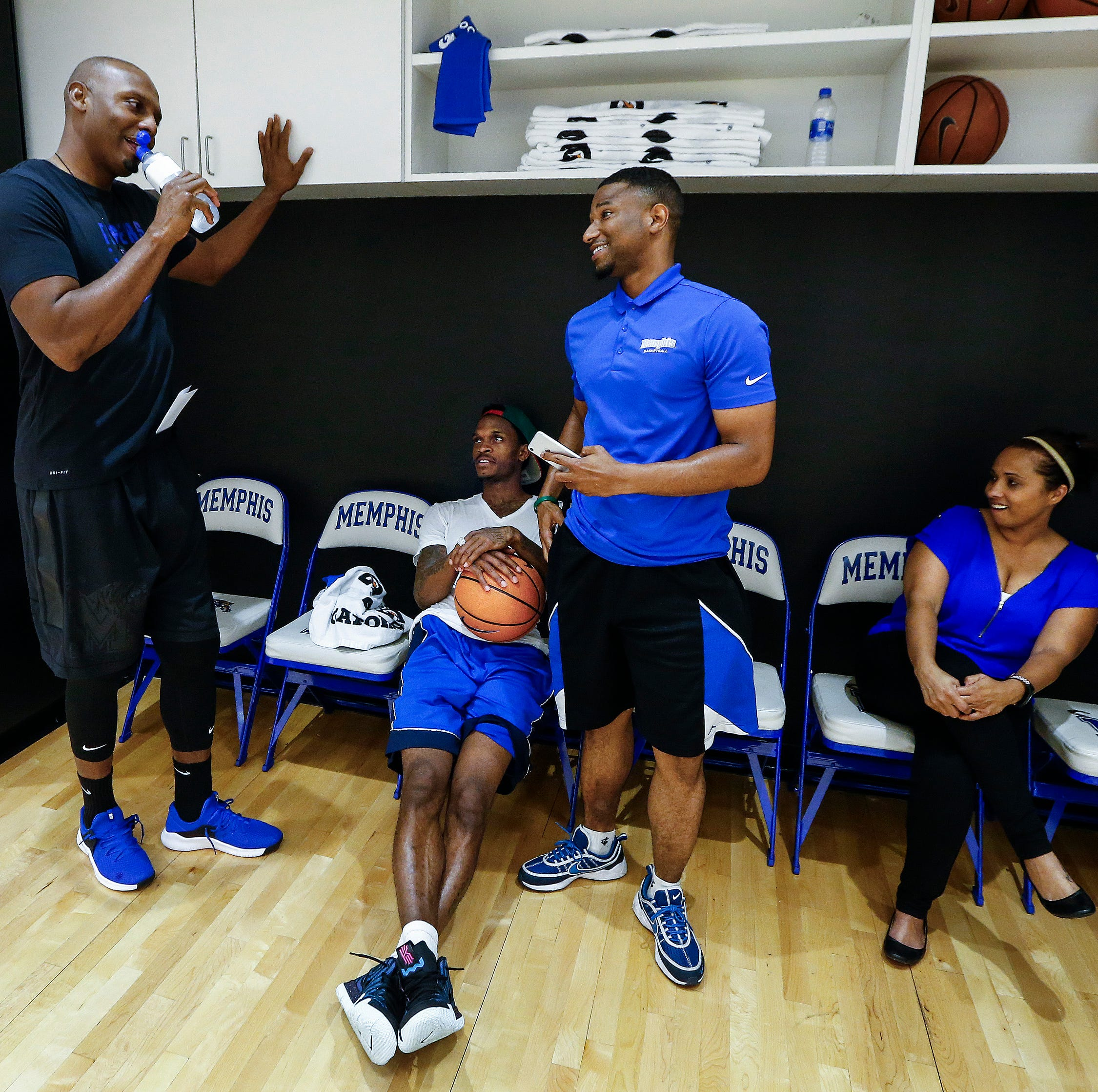At Penny Hardaway's first Memphis basketball practice, he refuses to run from his doubters