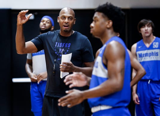 Lead Tigers Basketball