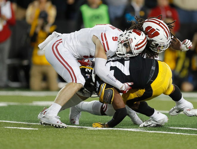 Scott Nelson and the rest of the Wisconsin defense overcame Iowa's big plays by making stops in the red zone.