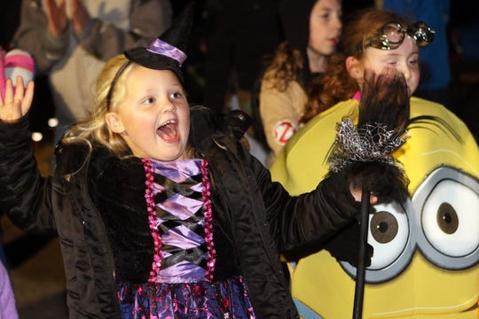 """""""Howl-O-Ween"""" at the Retzer Nature Center is from 6 to 9 p.m. Oct. 12"""
