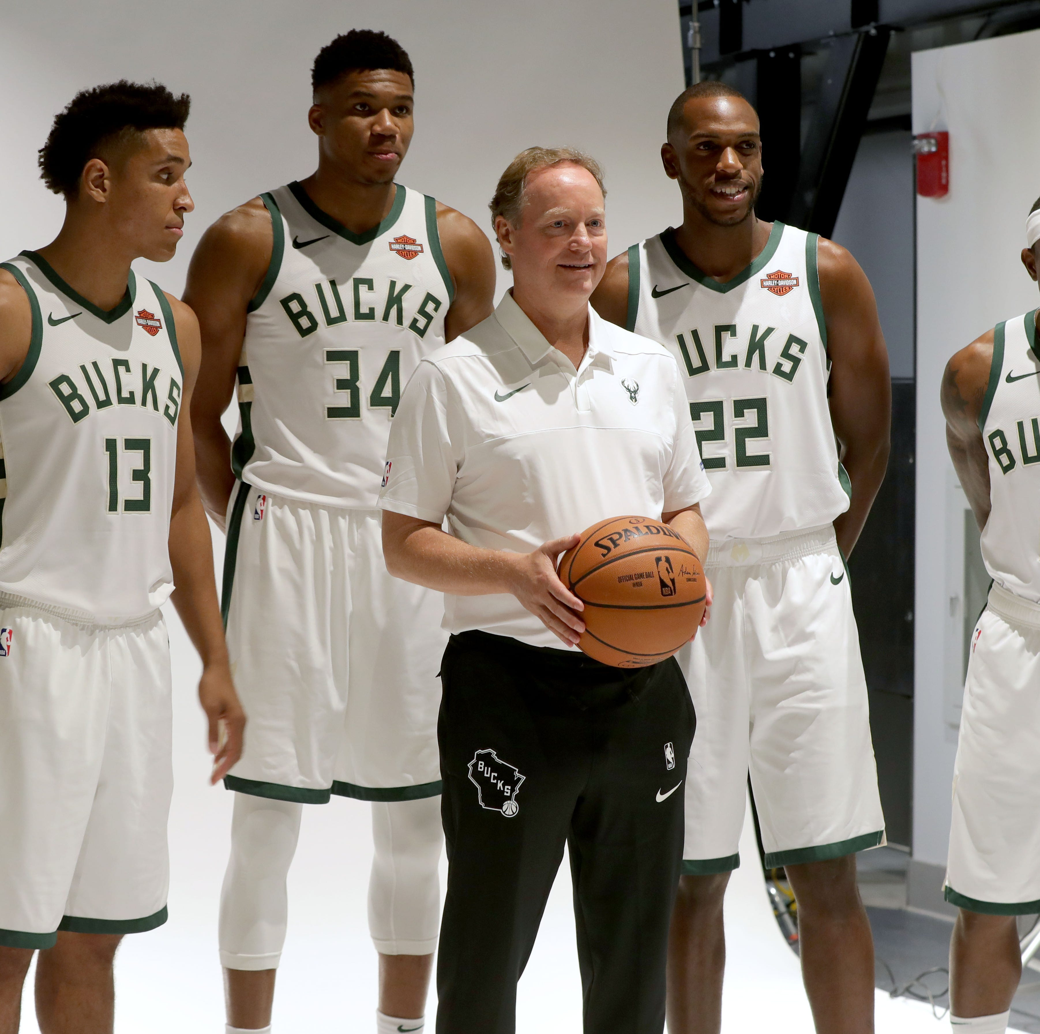 Budenholzer's first practice with Bucks emphasizes transition defense and spacing on offense