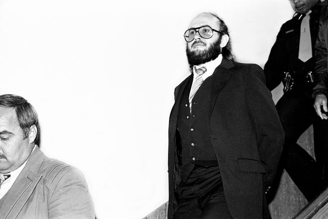 Edmund Zagorski leaves the Robertson County Courthouse in Springfield on Feb. 29, 1984, as his trial on two counts of first-degree murder comes to an end for the day. Zagorski was later convicted of killing John Dale Dotson, 28, a Hickman County logger, and Jimmy Porter, 35, a Dickson tavern owner. Zagorski is scheduled to be executed Oct. 11.