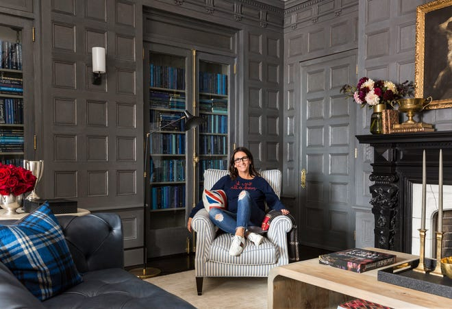 Bobbi Brown in the library at The George Inn