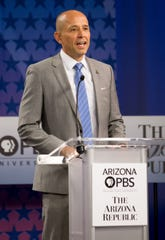 En 2014, García se postuló sin éxito para el cargo de superintendente estatal contra la republicana Diane Douglas