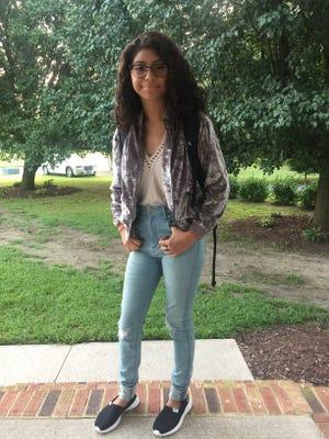 Lindsay Ludianny Lima, 14