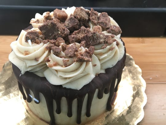 The peanut butter dream cake at Ruby's is excellent. A chocolate cake is topped with a peanut butter frosting, chocolate and peanut butter chocolate candies.