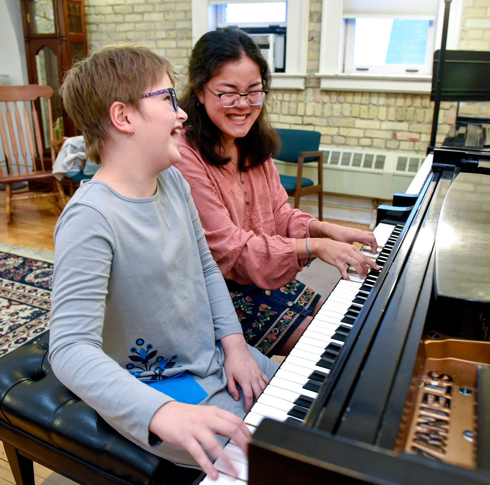 On the wings of paper cranes, 11-year-old pianist rebounds from brain hemorrhage