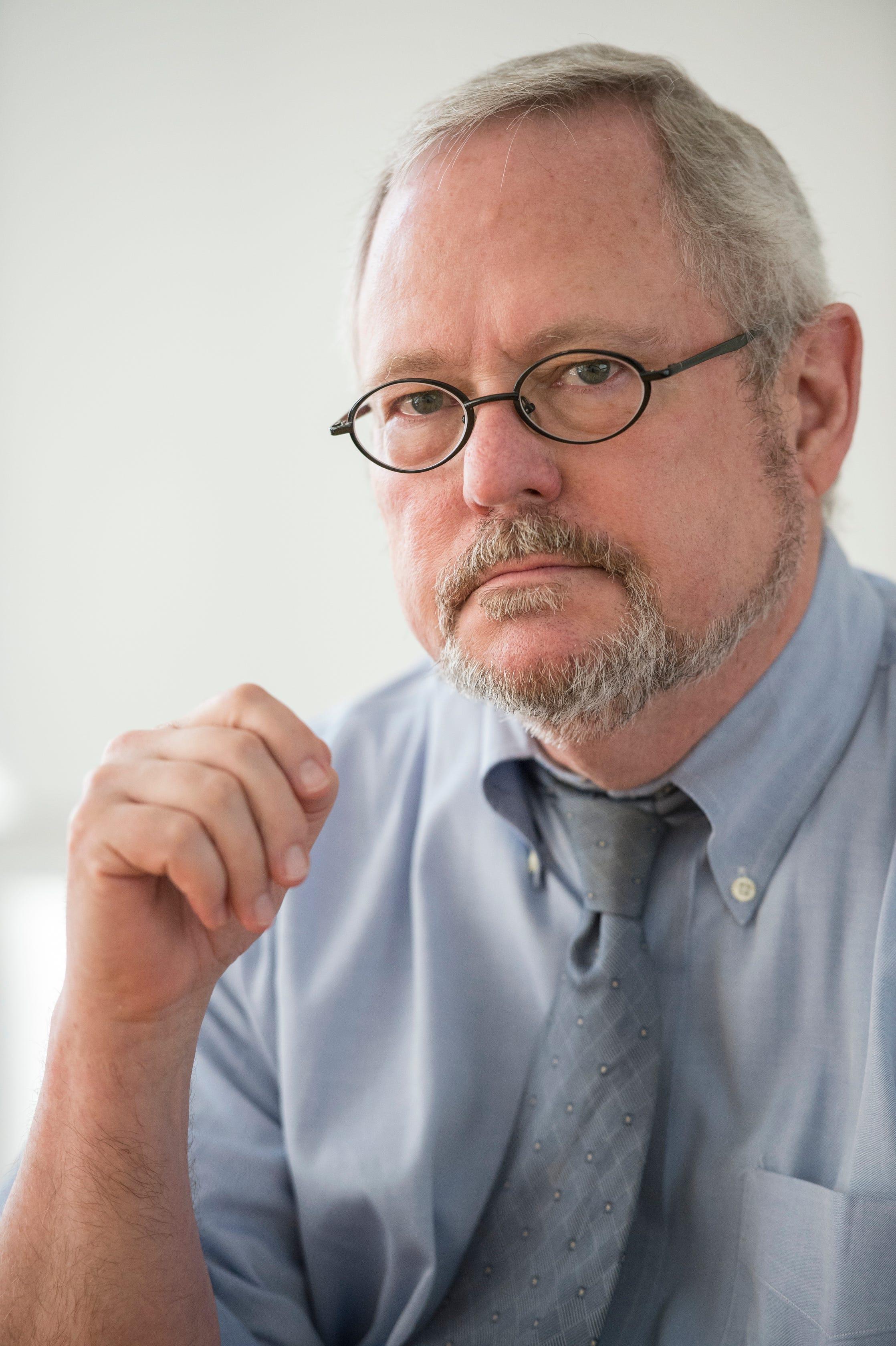Dr. Robert Kinscherff