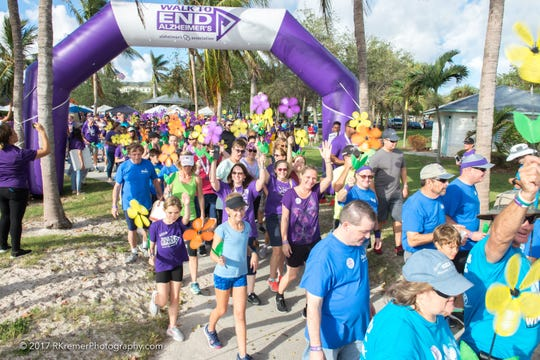 Walk to End Alzheimer's - Treasure Coast 2017 participants enjoy a beautiful day as they stroll through Indian RiverSide Park.