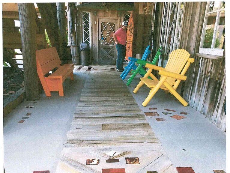 Historic Restoration (Small Project): Waldo's Walkway at the Driftwood Inn on Ocean Drive