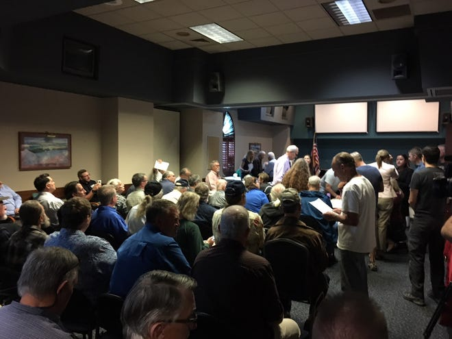 A group shows up to weigh in on whether gun shows should be allowed at the Ventura County Fairgrounds.