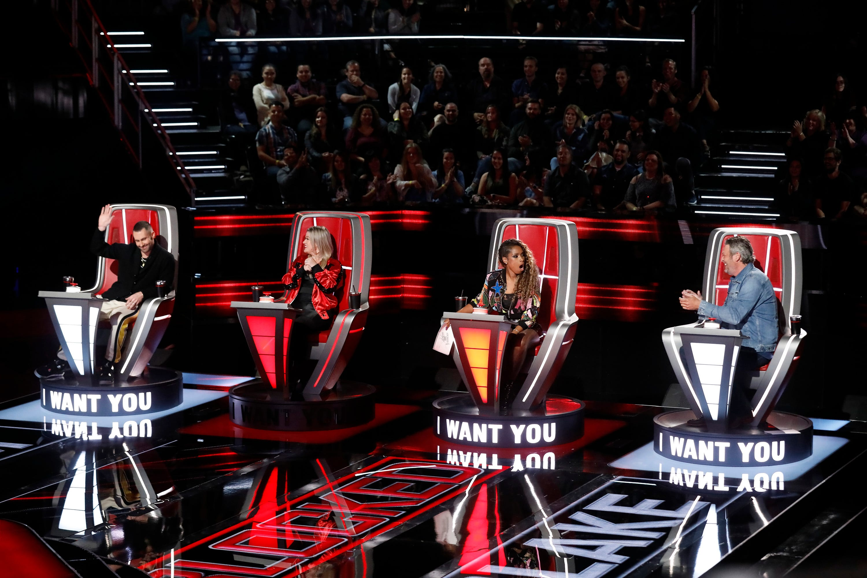 Jennifer Hudson blocks Kelly Clarkson to snag Zaxai on 'The Voice'
