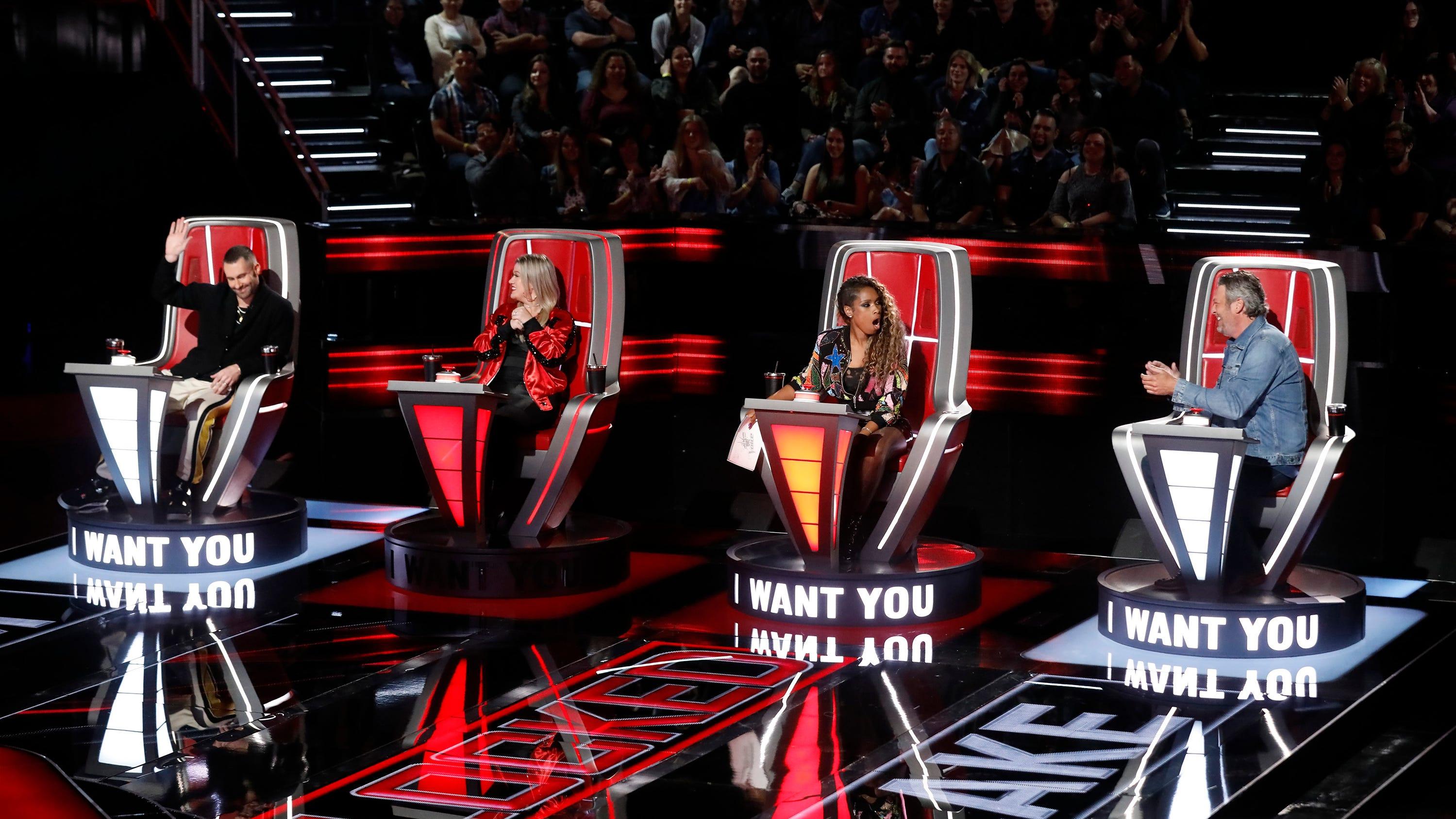 "THE VOICE -- ""Blind Auditions"" Episode 1501 -- Pictured: (l-r) Adam Levine, Kelly Clarkson, Jennifer Hudson, Blake Shelton -- (Photo by: Trae Patton/NBC)"
