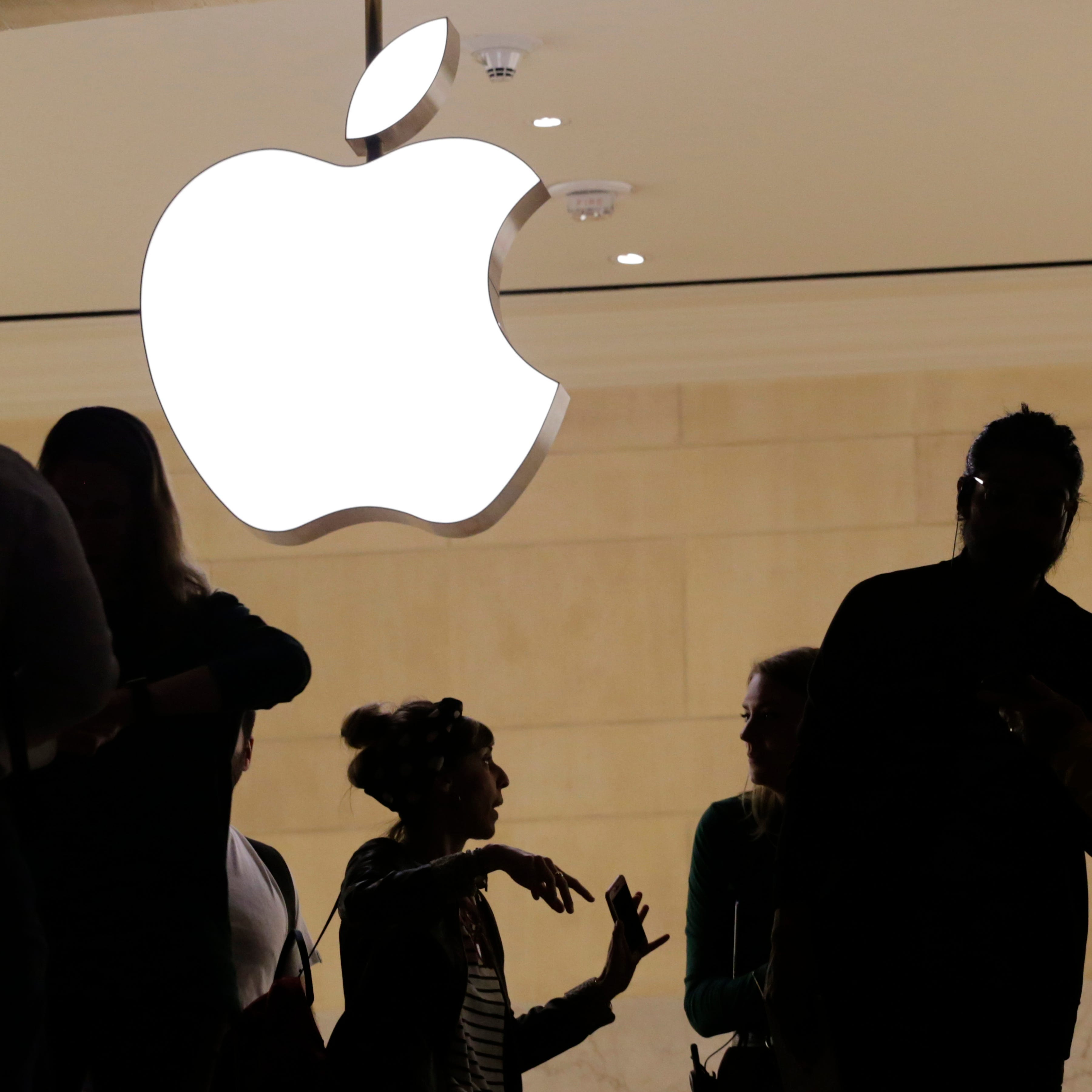 Apple, Amazon deny Chinese spy chips found in server hardware