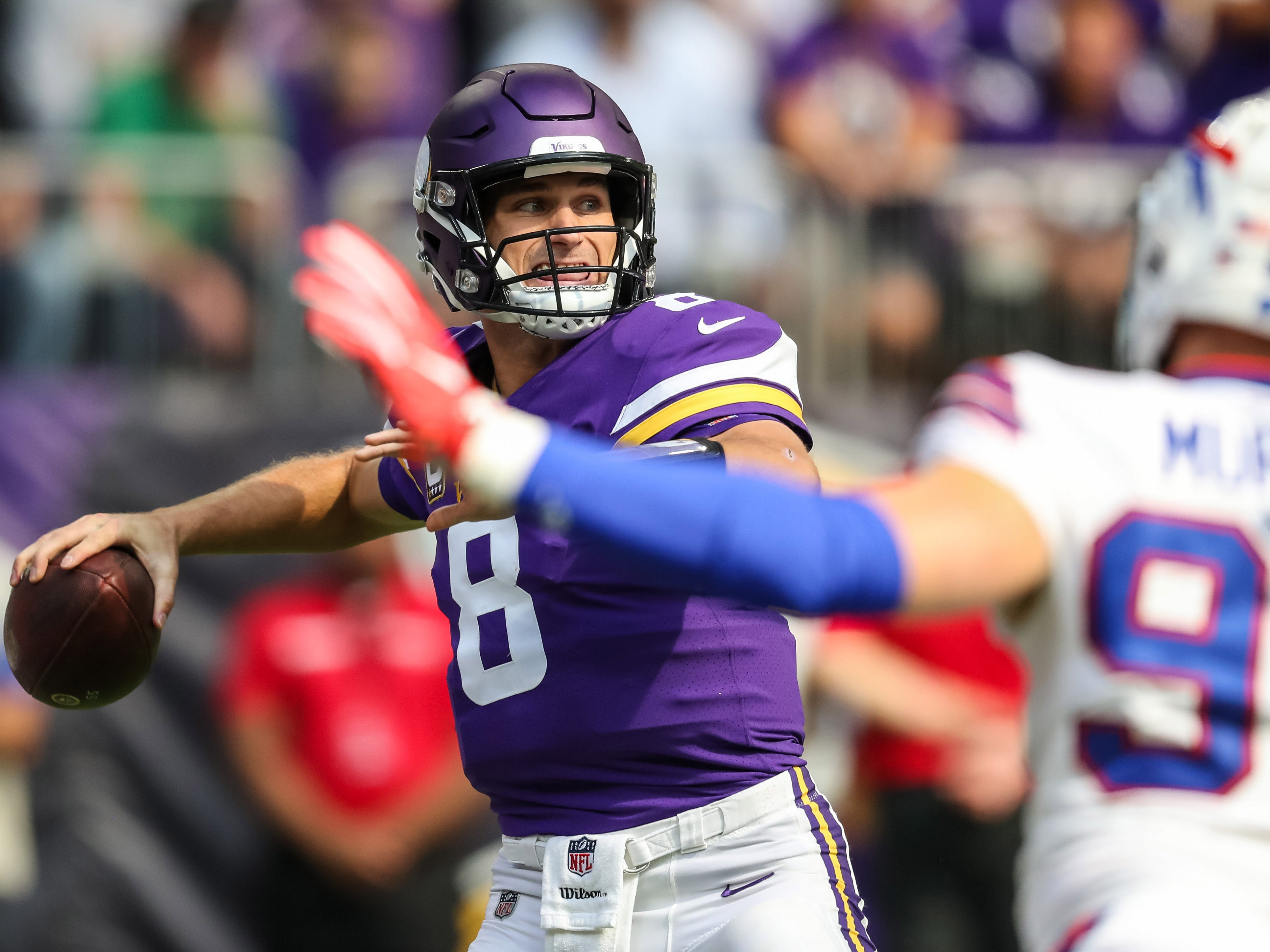 19. Vikings (5): Kirk Cousins on pace for 741 passes, which would break Matthew Stafford's single-season record (727). Cousins getting paid per throw?