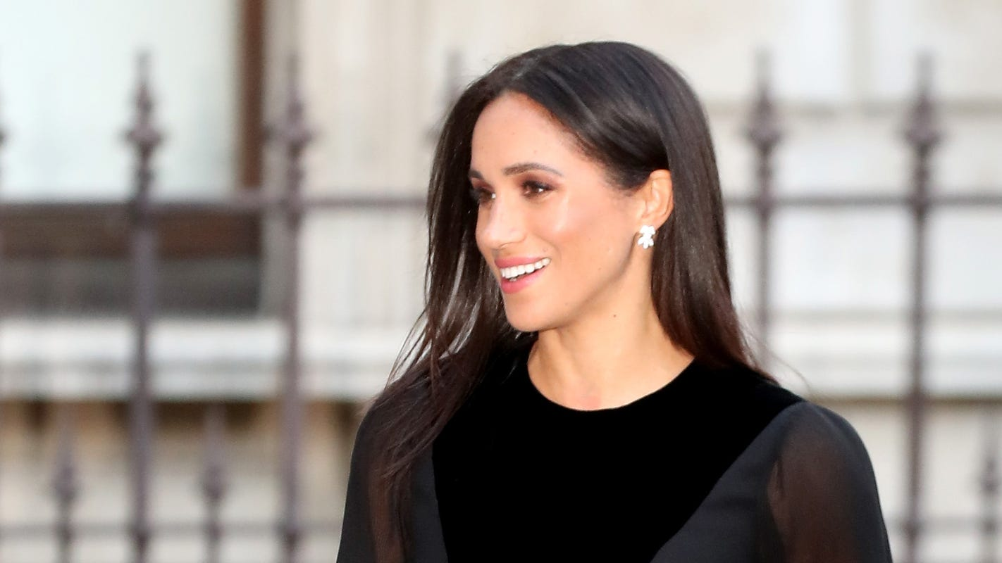 Andrea Bordeaux Nude duchess meghan goes glam for first solo royal outing without