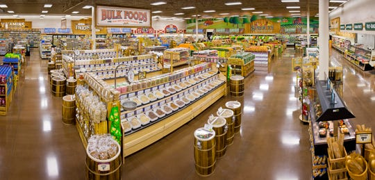 Sprouts Farmers Markets is expected to expand to South Jersey with a Marlton store early next year.