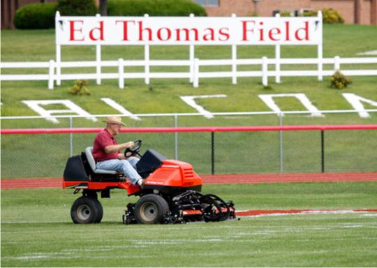 Ed Thomas Field: Parkersburg, Ia.