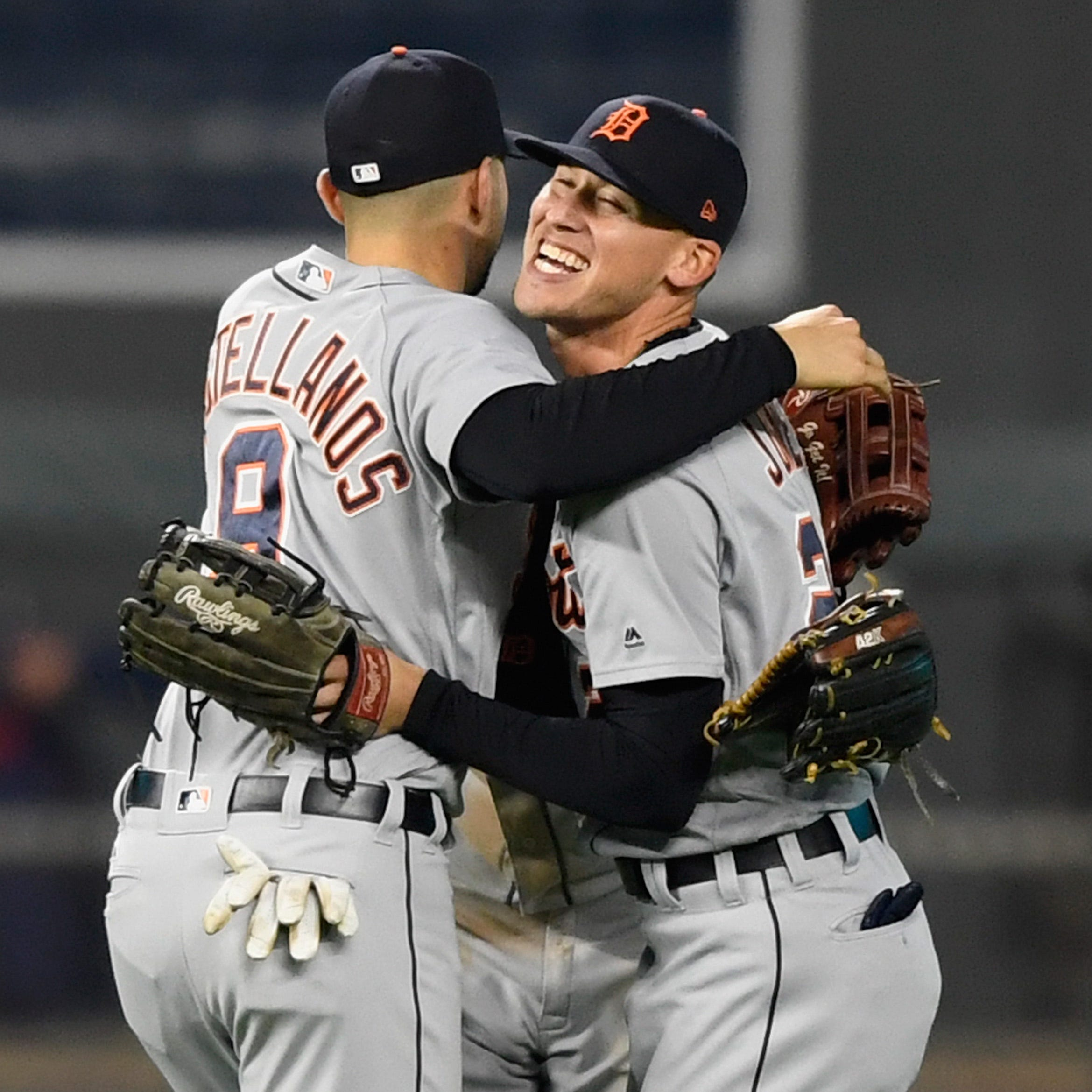 Tigers erupt for four in 8th inning to back strong start by Turnbull