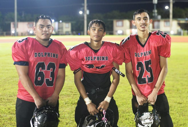 Three of the key players for the Southern High Dolphins are running backs No. 63 Davin Blas and No. 34 Cerilo Reyes, and defensive back No. 25 John Topasna. The trio teamed up for three touchdowns, two interceptions and more than a dozen tackles on defense.