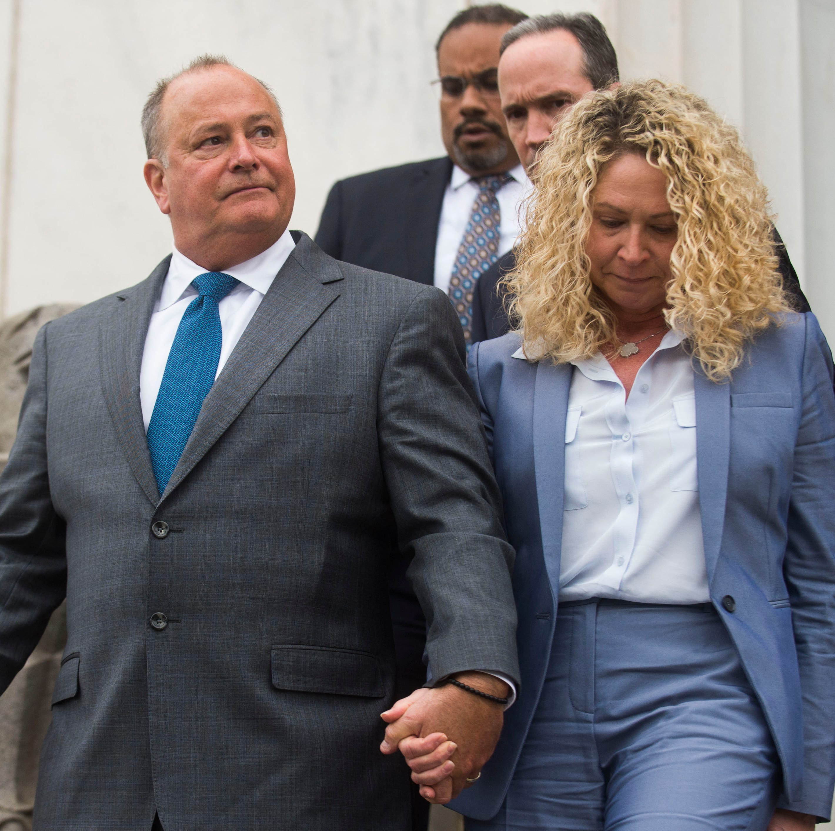 Ex-Pilot Flying J president to stay on house arrest while fighting fraud conviction