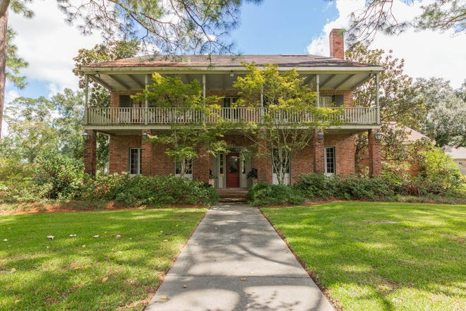 This 8 bedroom, 10 1/2 bath home is located at 1130 Berard Street in Breaux Bridge. It is listed at$1,650,000.