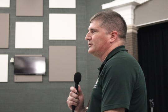 Technology coordinator Steve Barr speaks during a Madison school board meeting Wednesday, Sept. 26, 2018. Barr announced the district's new website will go live Thursday.