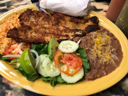 Chicken platillo de milanesa from Taqueria La Sierra, Naples.