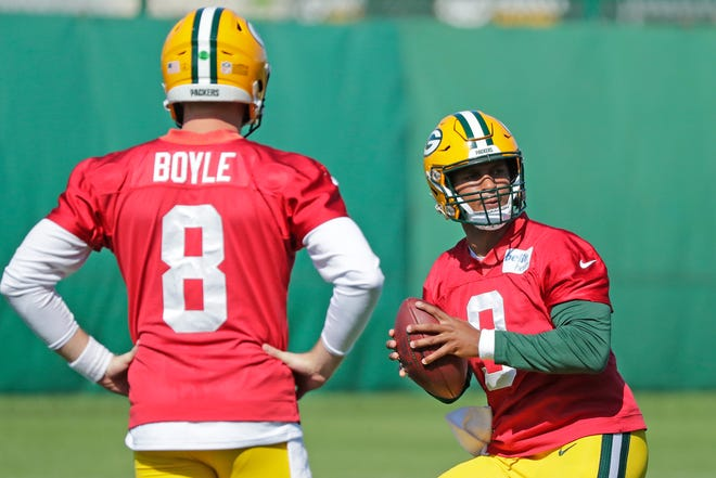 Green Bay Packers quarterbacks DeShone Kizer (9) and quarterback Tim Boyle (8) during practice at Clarke Hinkle Field on Wednesday, September 26, 2018 in Ashwaubenon, Wis.