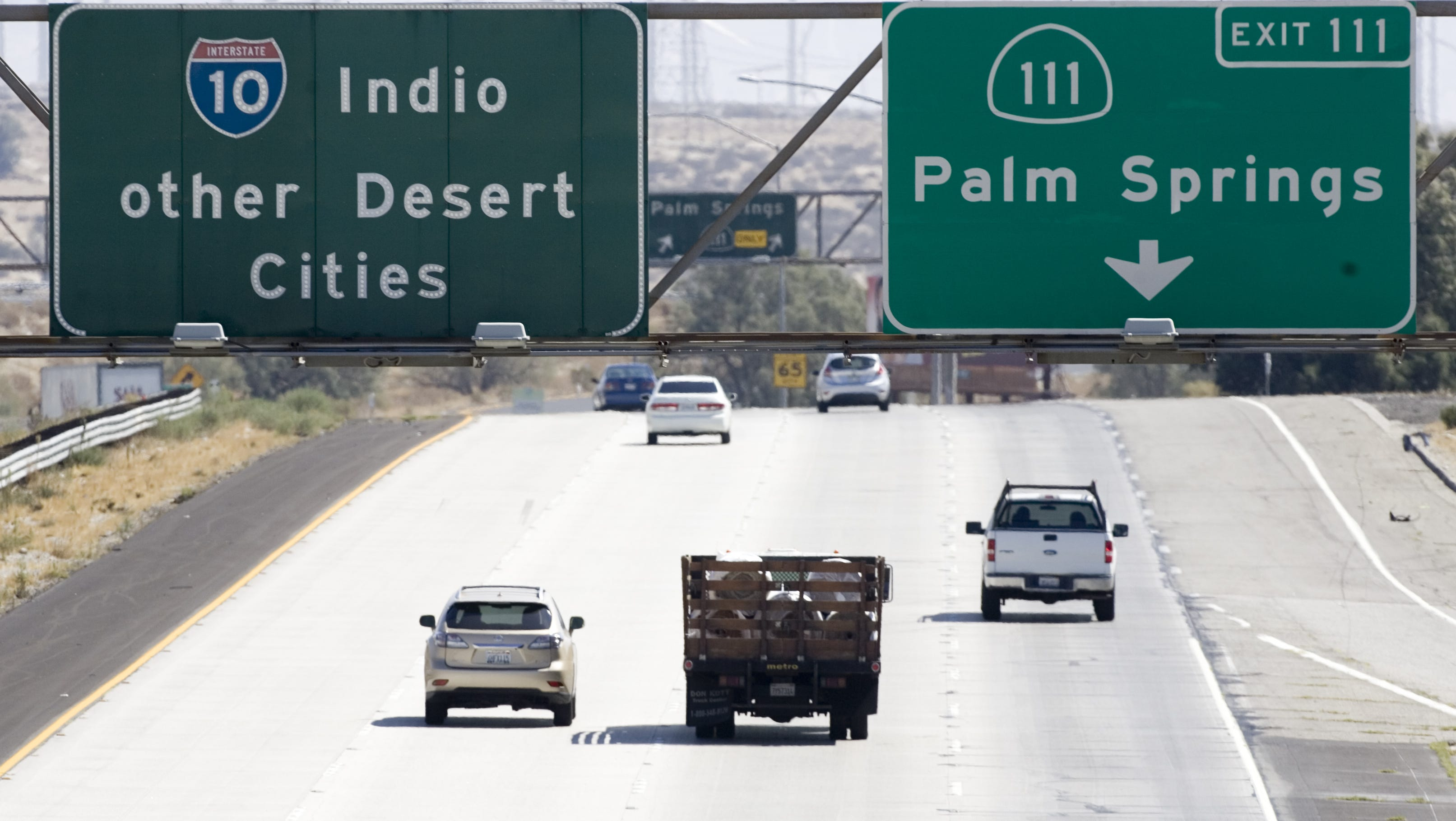 All lanes reopen on Interstate 10 following semitrailer crash near Palm Desert