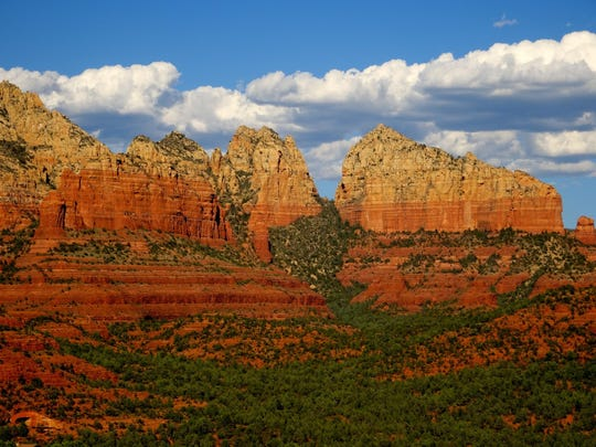 Views from the Sugarloaf Loop Trail in west Sedona are expansive.