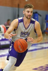 Grand Canyon University basketball player Tim Finke, (24) runs a drill during practice in the gym in Phoenix on September 26,  2018.