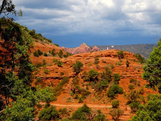 The Sedona View Trail ends at a saddle on Airport Mesa, which is a popular vortex site.