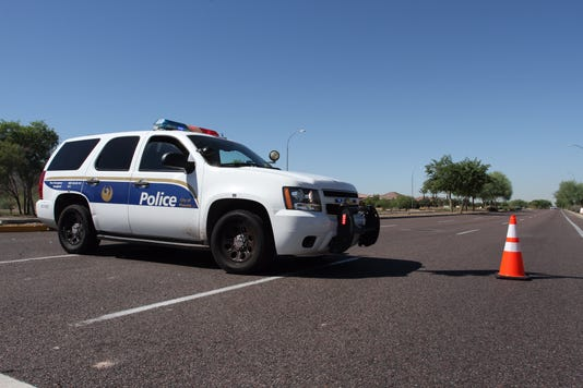 Phoenix police investigate crash