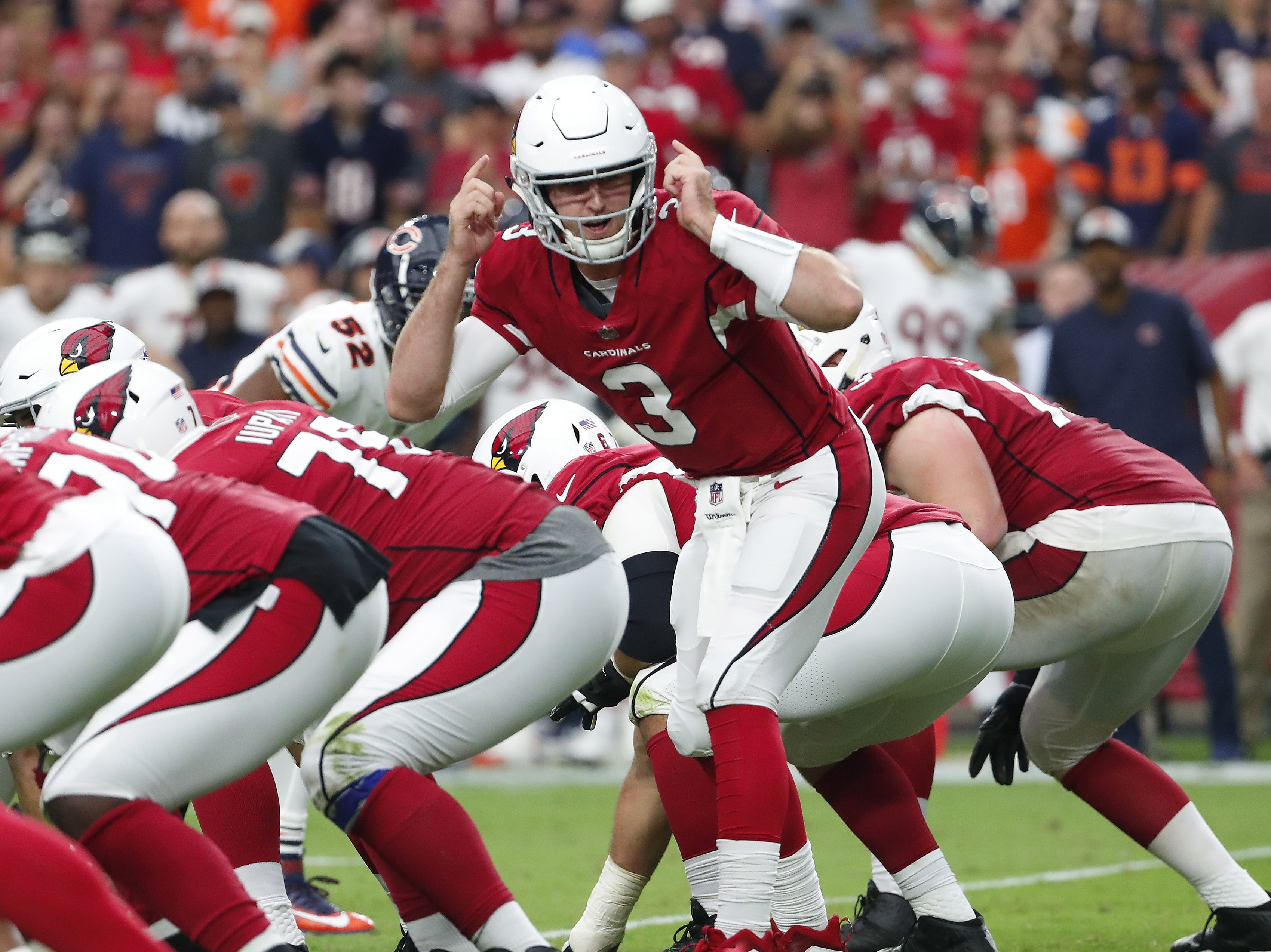 Cardinals quarterback Josh Rosen completed 4 of 7 passes for 36 yards with an interception in his NFL debut on Sunday.