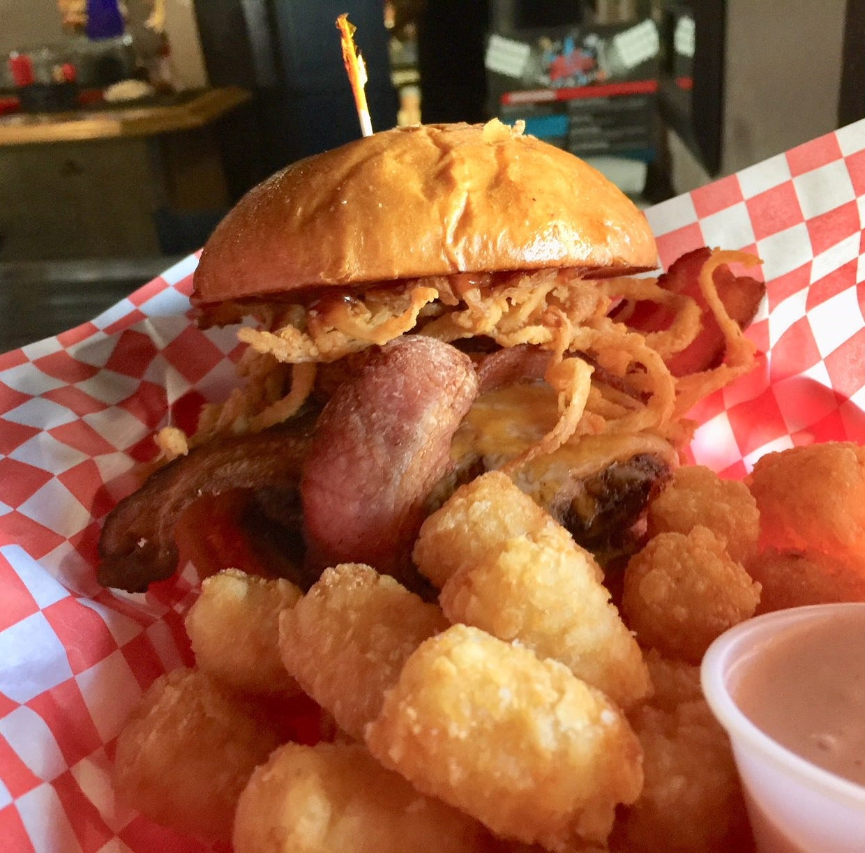Dining Out: All Stars Sports Bar scores big with sports fans, comfort food