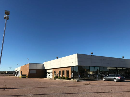 Autos on the Mall opens in early October at the old Sioux Falls Ford site near the Empire Mall