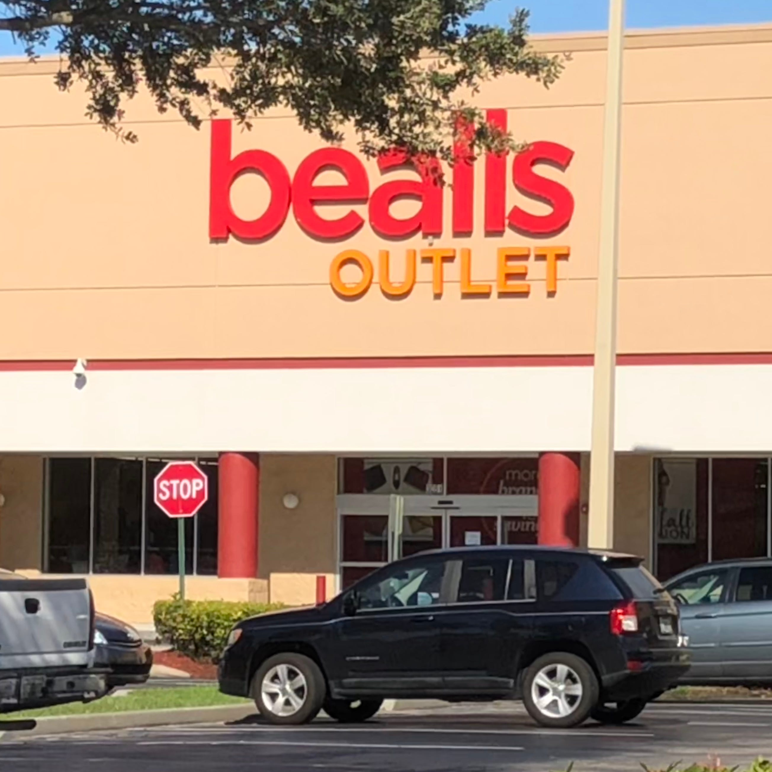 Bealls Outlet's Jensen Beach grand opening brings four days of mystery coupons, giveaways