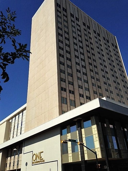 One San Jacinto Plaza 1 2