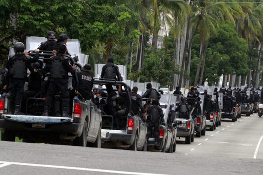 Epa File Mexico Acapulco Polie Force Disarmed Clj Police Mex