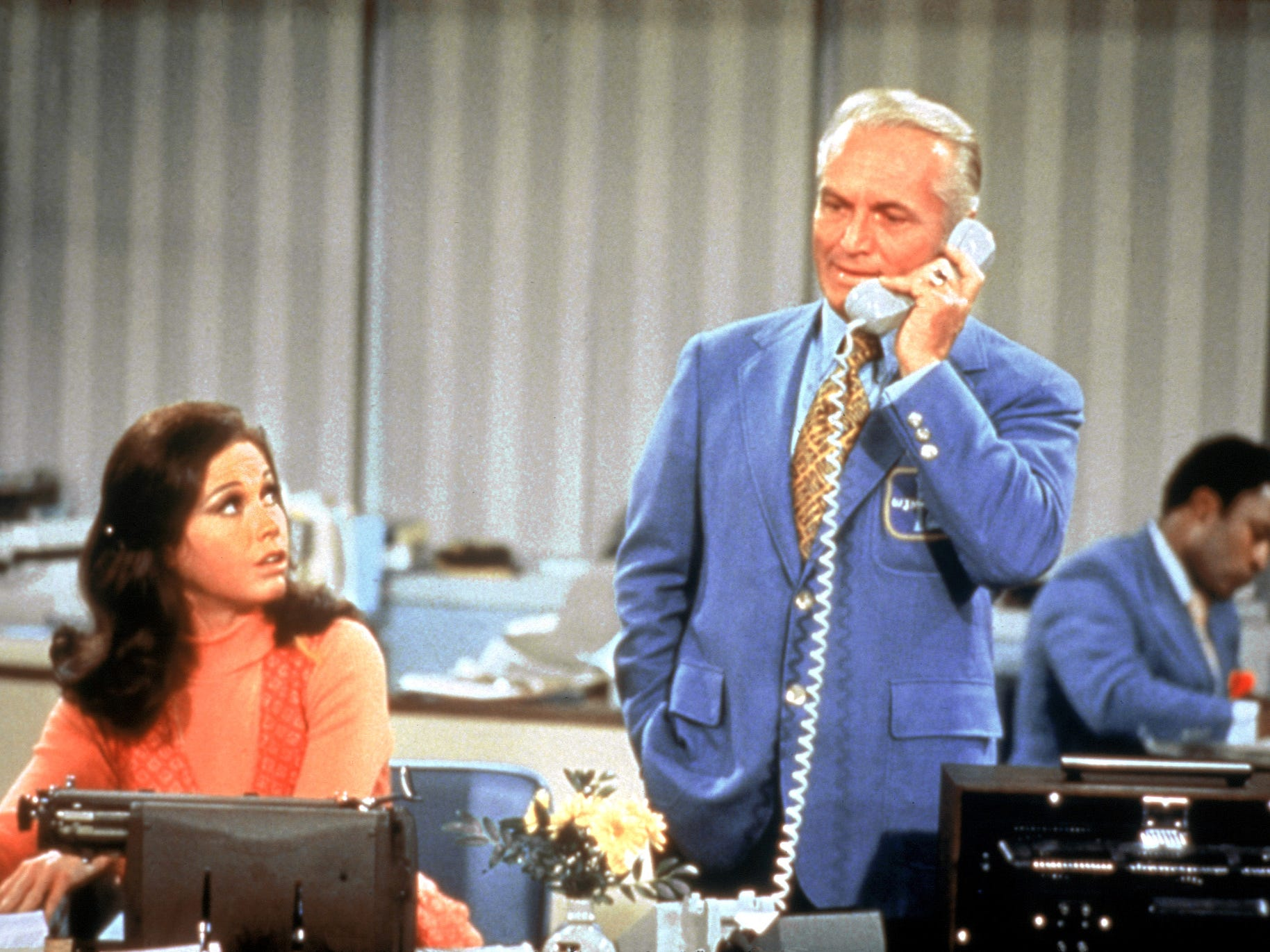 Mary Tyler Moore and Ted Knight make it onto DVD. One of the most celebrated casts of all time reunite as Fox Home Entertainment salutes The Mary Tyler Moore Show Season One on DVD.  --- DATE TAKEN: rec'd. 9/2002  No Byline   20th Century Fox Home Entertainment , Source: 20th Century Fox        HO      - handout ORG XMIT: PX80352