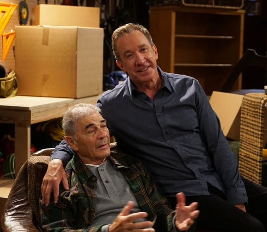 Mike (Tim Allen), right, deals (or doesn't) with the death of his father, Bud (Robert Forster), in the Oct. 5 episode of Fox's 'Last Man Standing.'