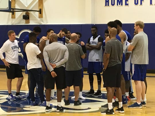 Seton Hall coach Kevin Willard speaking to his team after Wednesday's practice.