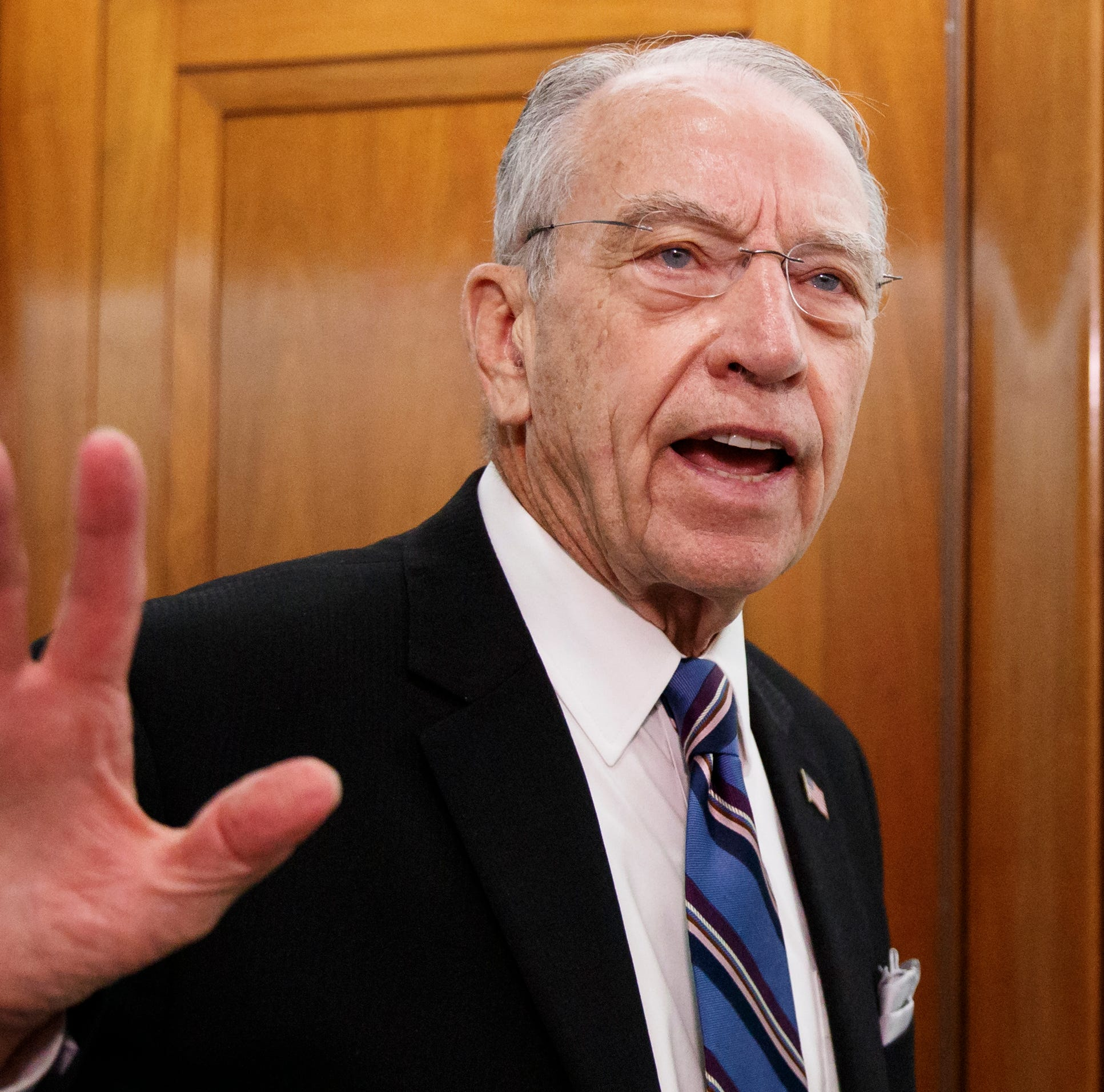 Chuck Grassley distances himself from Steve King, but doesn't repudiate him