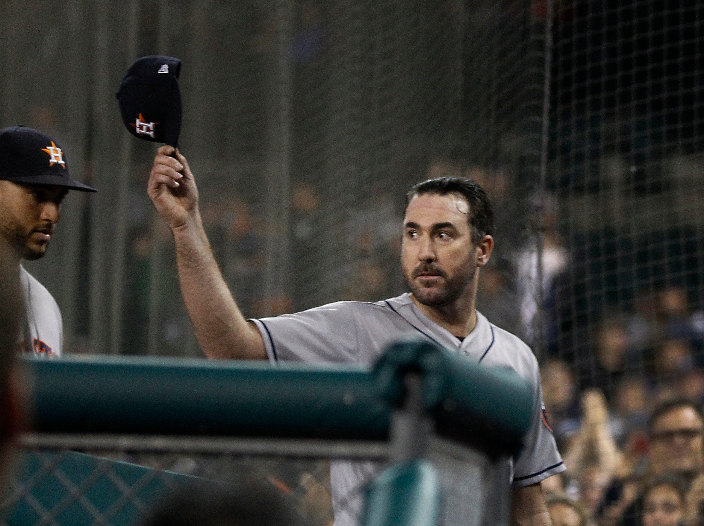 Houston Astros starting pitcher Justin Verlander (35) tips his cap as he finishes the pitching in the seventh inning as the Detroit Tigers take on the Houston Astros Monday, Sept. 10, 2018 at Comerica Park in Detroit.