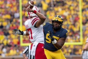 Donovan Jeter is one of several defensive linemen who will look to elevate his game for Michigan this season.