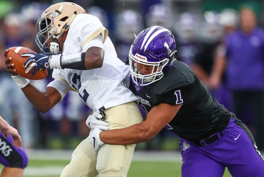 The Brownsburg Bulldogs Hosted The Cathedral Fighting Irish At Brownsburg High School On Friday Aug 24 2018