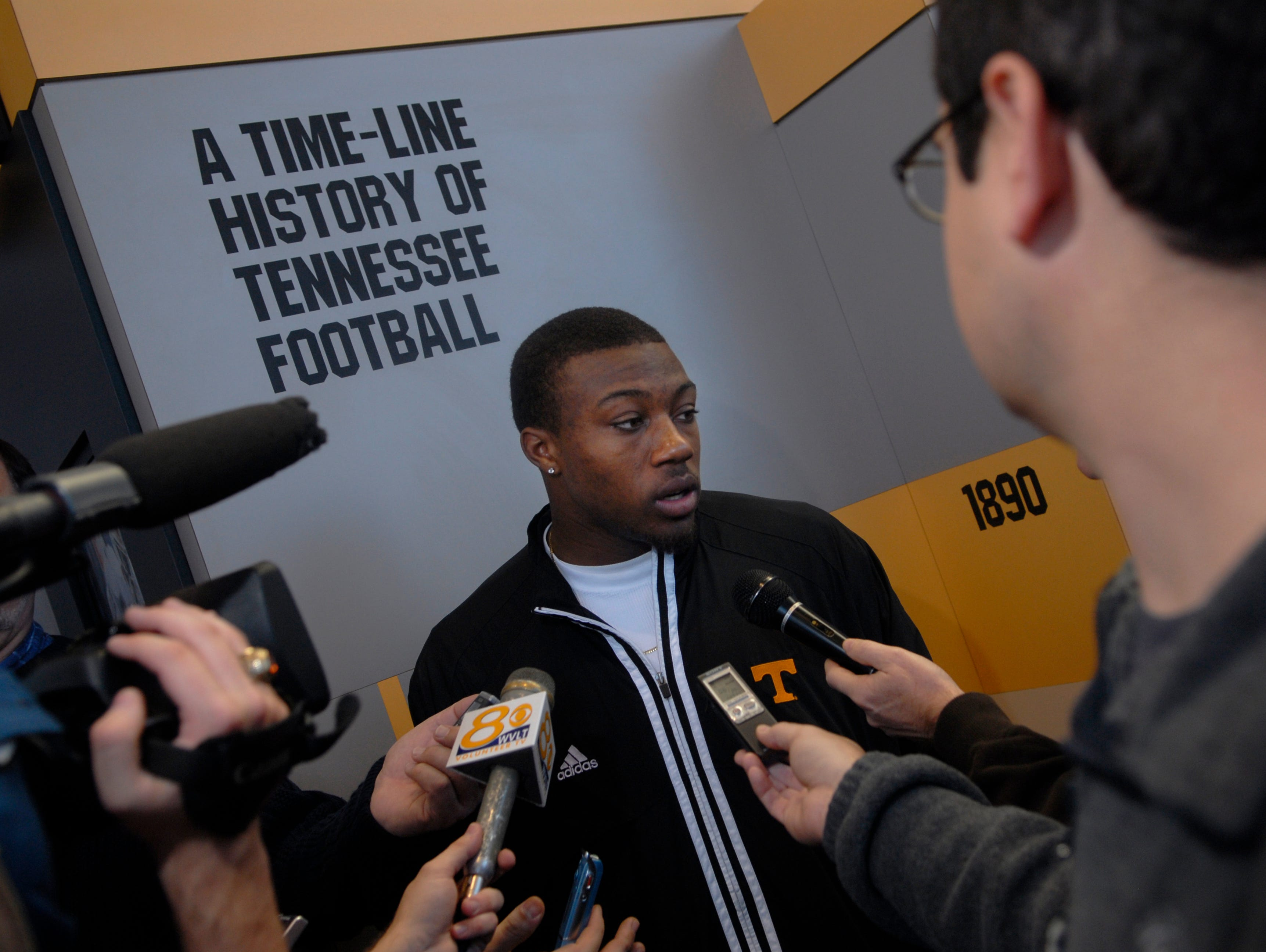 Friday, January 18, 2008  University of Tennessee football freshmen Eric Berry is surrounded by media Friday at the Neyland Thompson Sports Center.