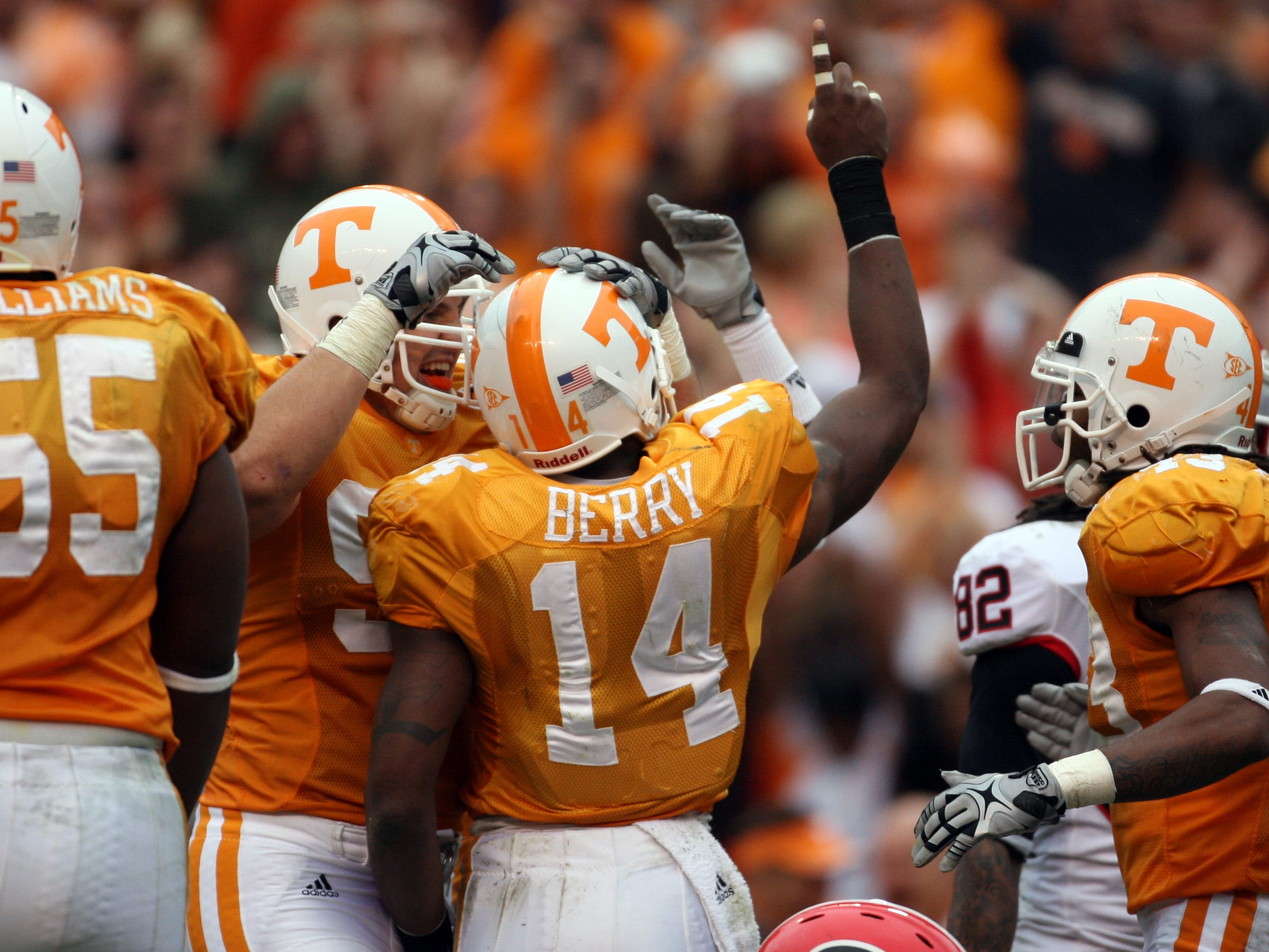 Tennessee cornerback Eric Berry (14) points to the sky after making an interception on Saturday, Oct. 10, 2009 at Neyland Stadium.