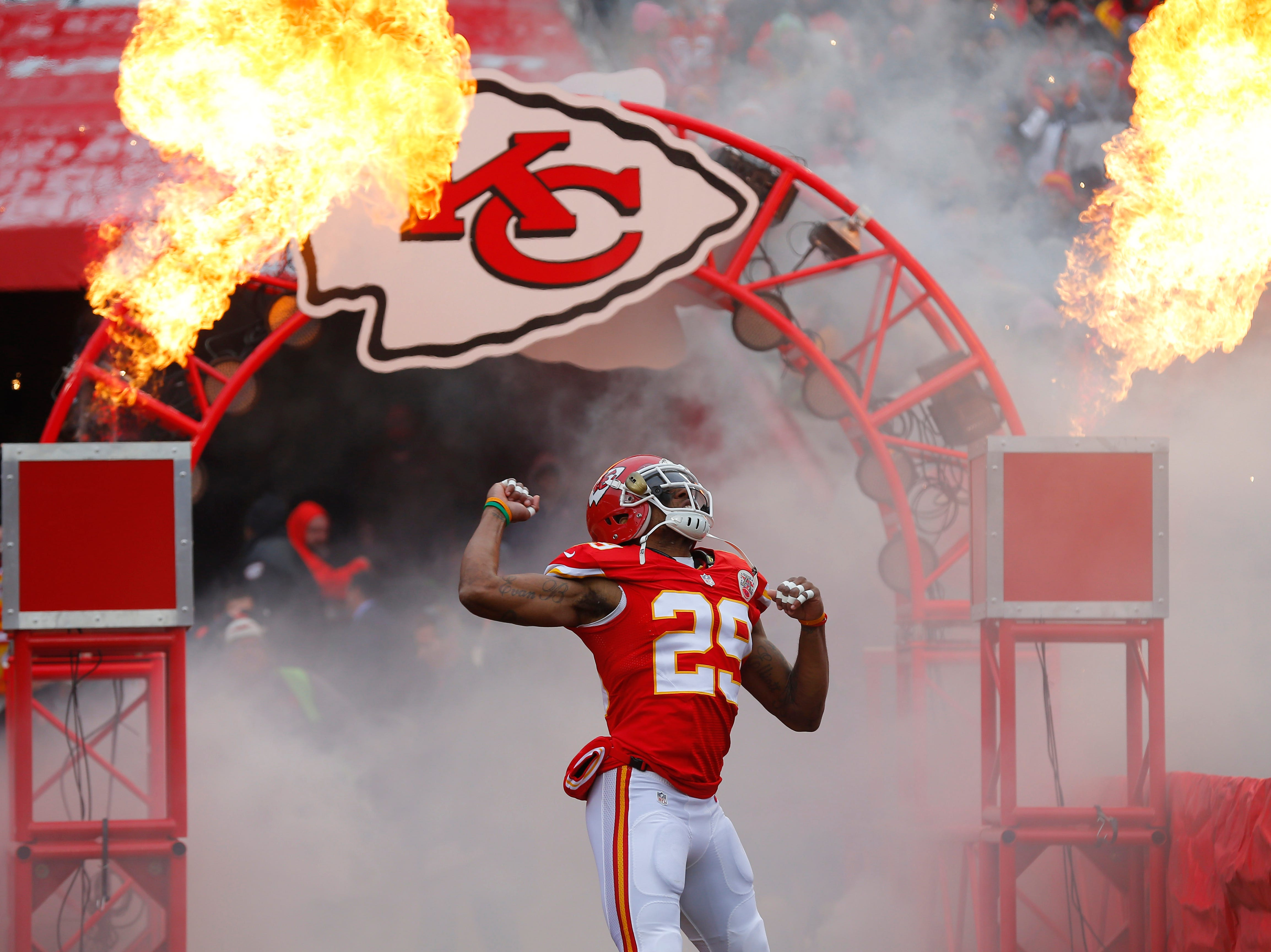Kansas City Chiefs strong safety Eric Berry (29) enters the field prior to an NFL football game against the Seattle Seahawks in Kansas City, Mo., Sunday, Nov. 16, 2014.